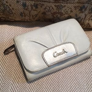 Coach off white and silver/grey leather wallet